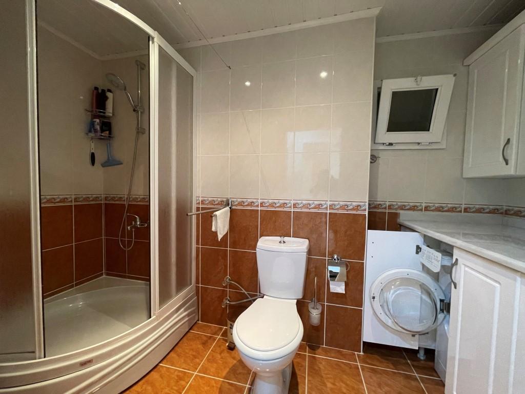 Меблированная квартира 2+1 рядом с морем в Махмутларе площадью 120 метров - Фото 11
