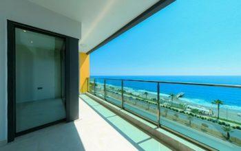 Апартаменты на первой линии в Махмутларе с панорамным видом на море