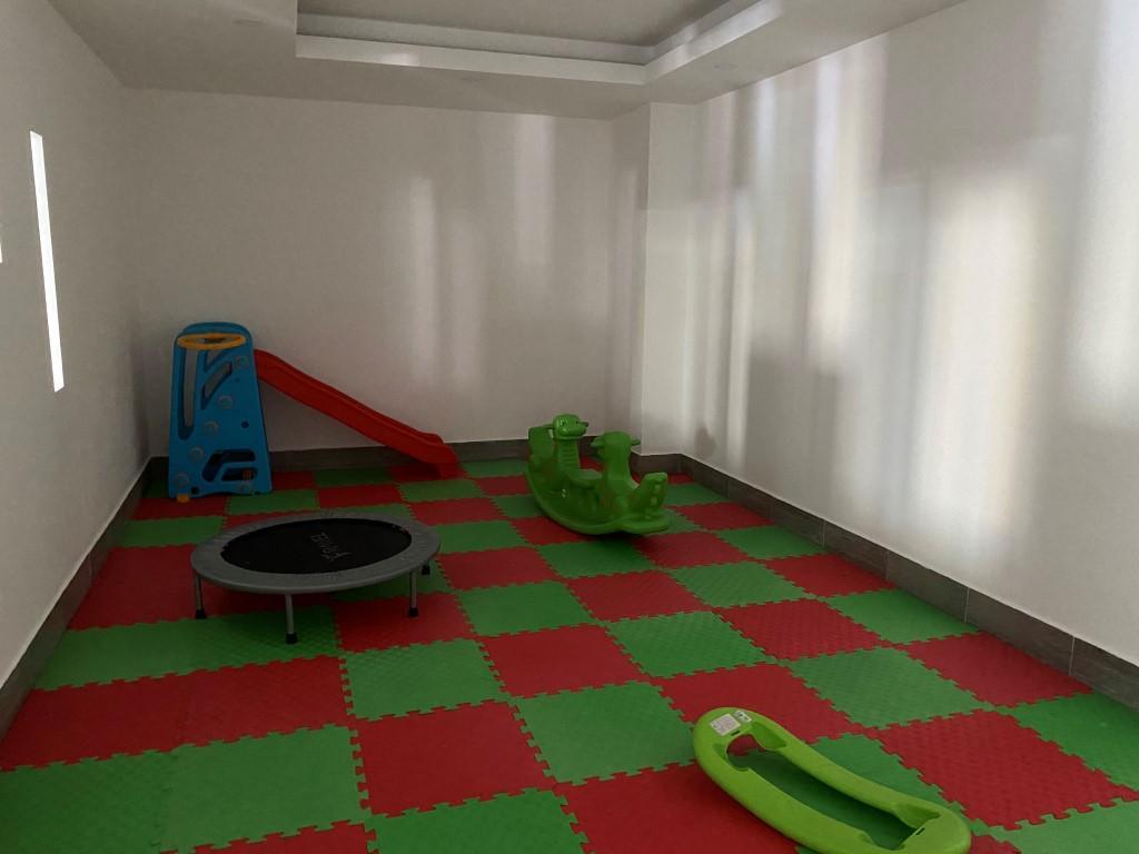 Просторная квартира 1+1 с мебелью и техникой в Махмутларе - Фото 16