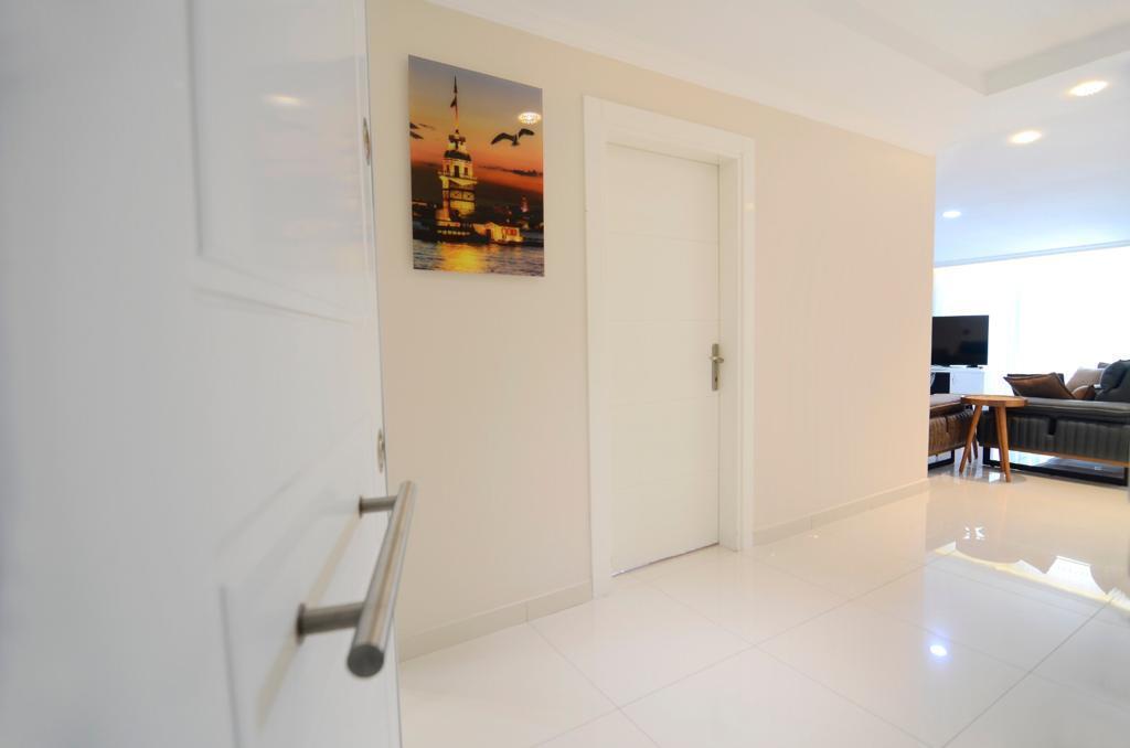 Просторная меблированная квартира с видом на море в Кестеле - Фото 8