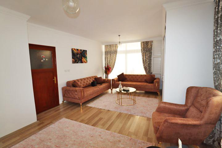 Недорогая трехкомнатная квартира в Махмутларе - Фото 8
