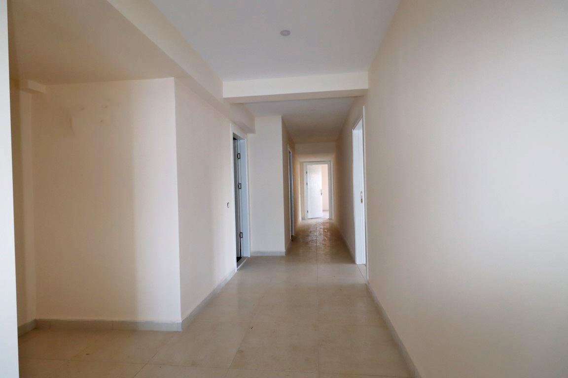 Четырехкомнатная квартира на первой береговой линии в центре Алании - Фото 6