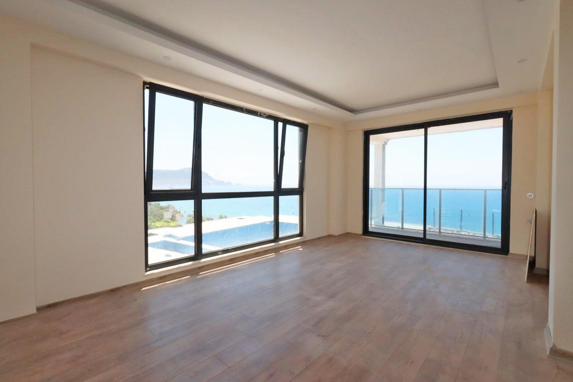 Трехкомнатная квартира с панорамным видом на море - Фото 2