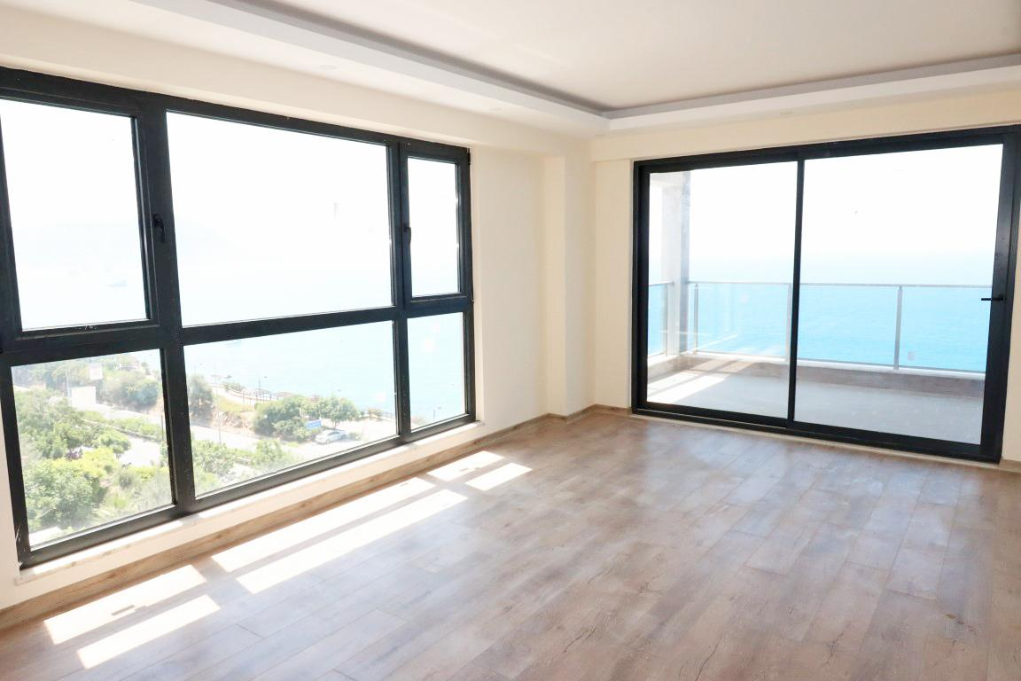 Четырехкомнатная квартира на первой береговой линии в центре Алании - Фото 7
