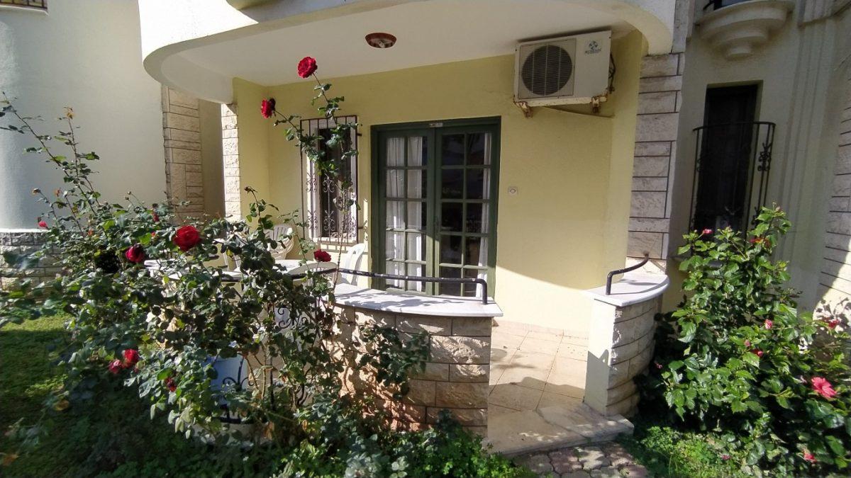 Меблированная квартира с выходом в сад, район Махмутлар - Фото 11