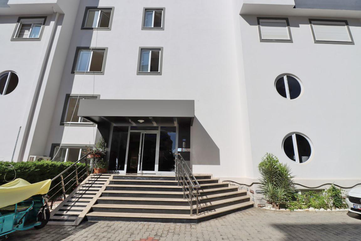 Недорогая квартира 1+1 с большой площадью в Махмутларе - Фото 25
