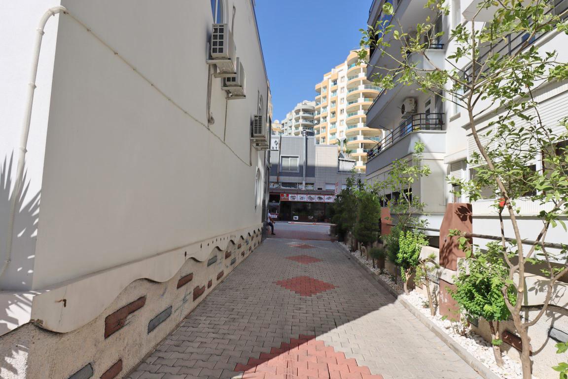 Недорогая квартира 1+1 с большой площадью в Махмутларе - Фото 30