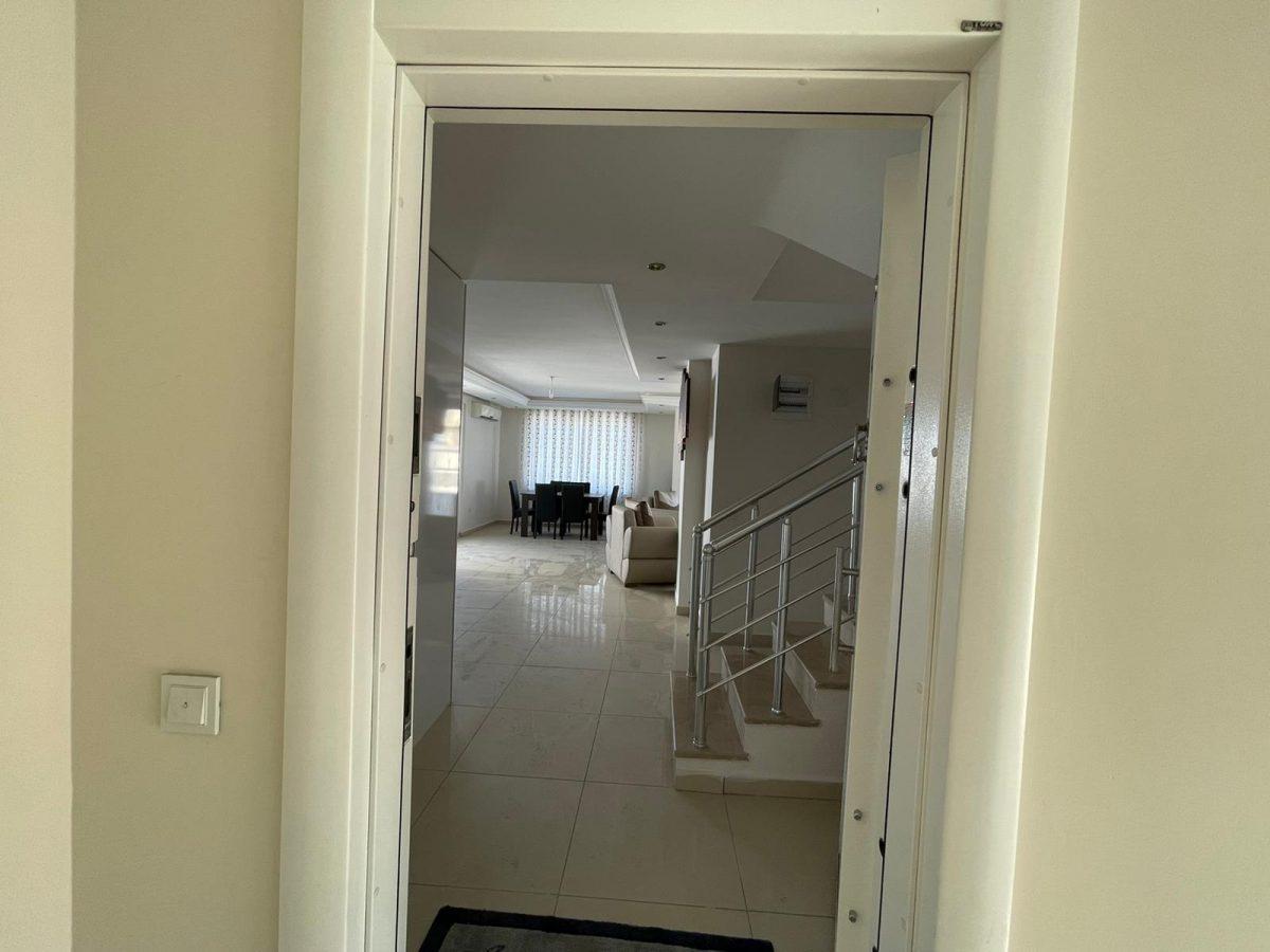 Меблированный пентхаус с тремя спальнями в Махмутларе  - Фото 8