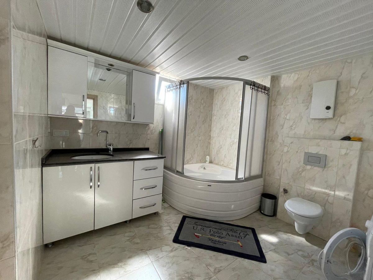 Меблированный пентхаус с тремя спальнями в Махмутларе  - Фото 20