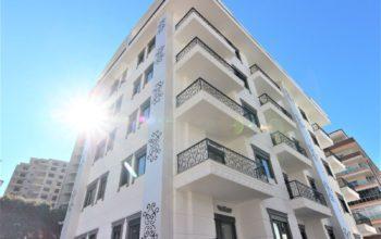 Новые светлые апартаменты 1+1 в Махмутлар
