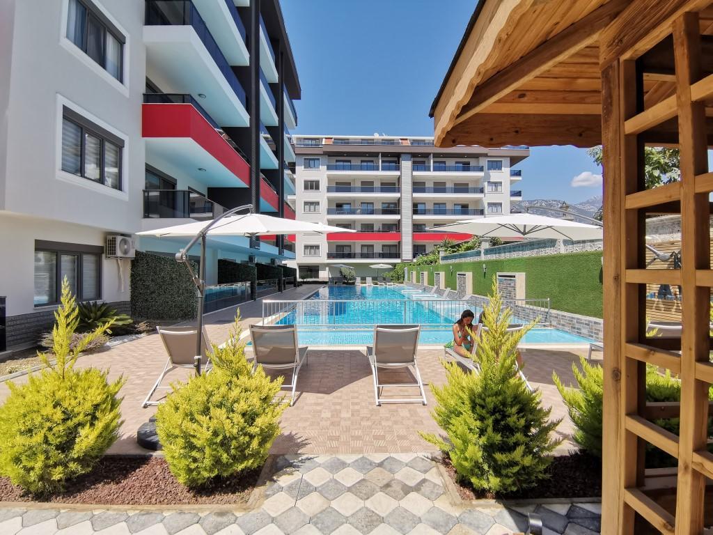 Огромная квартира с пятью спальнями в хорошем комплексе в Кестеле - Фото 3