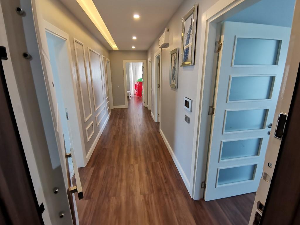 Огромная квартира с пятью спальнями в хорошем комплексе в Кестеле - Фото 22
