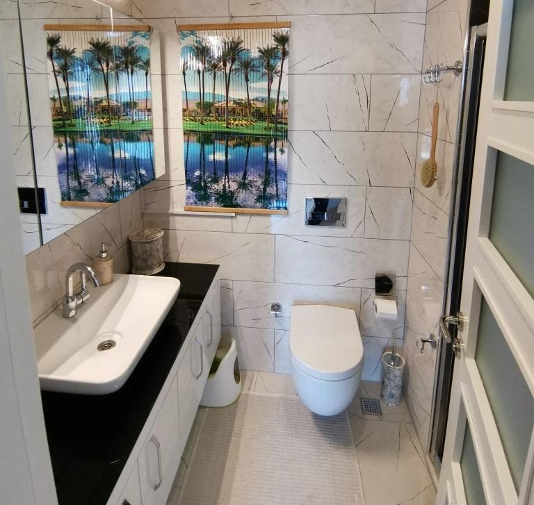 Огромная квартира с пятью спальнями в хорошем комплексе в Кестеле - Фото 40