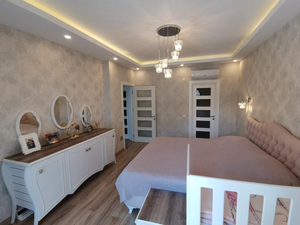 Огромная квартира с пятью спальнями в хорошем комплексе в Кестеле - Фото 36