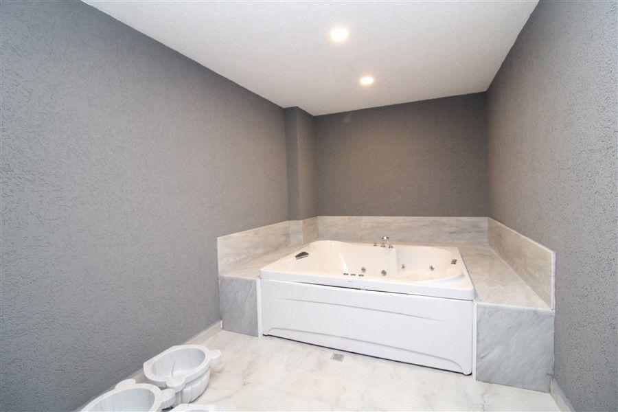 Новые светлые апартаменты 1+1 в Махмутлар - Фото 9