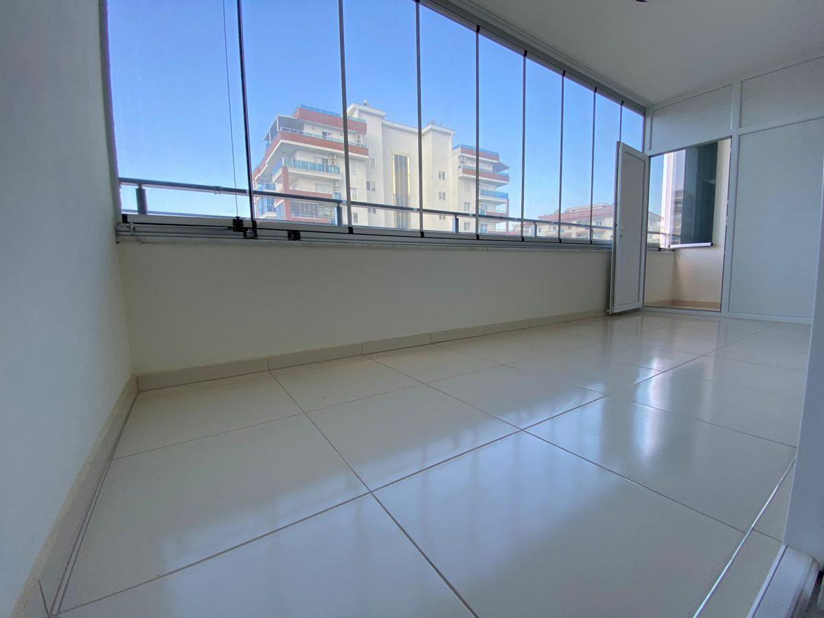 Просторная квартира 1+1 в хорошем комплексе в Махмутларе - Фото 21