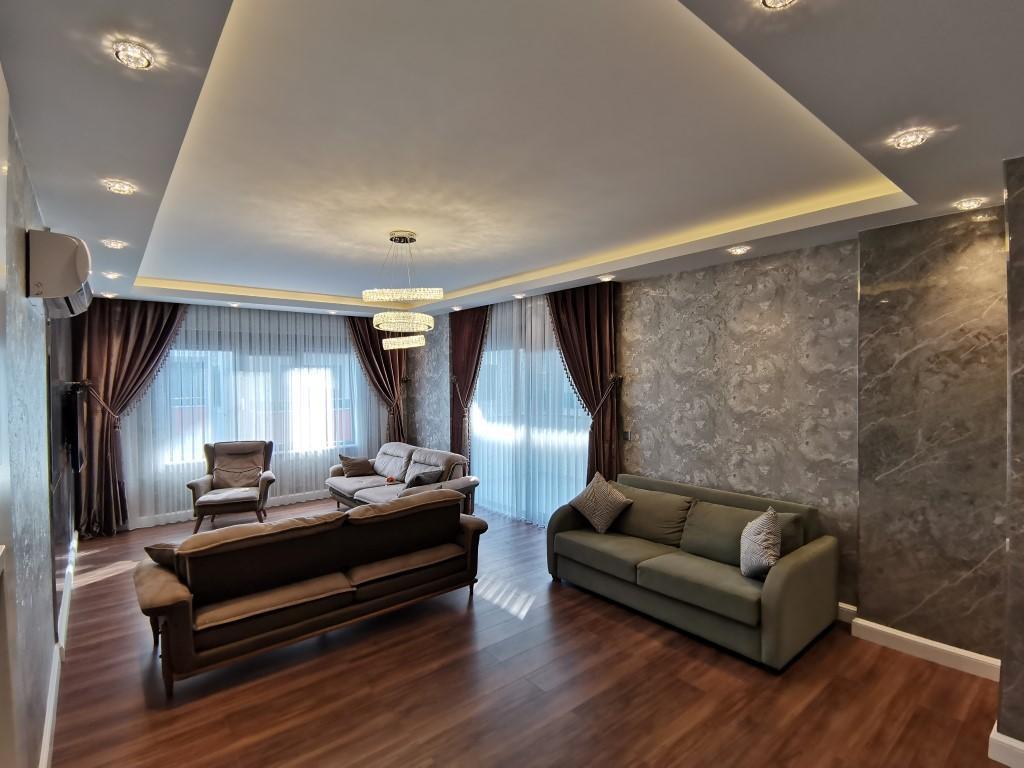 Огромная квартира с пятью спальнями в хорошем комплексе в Кестеле - Фото 23