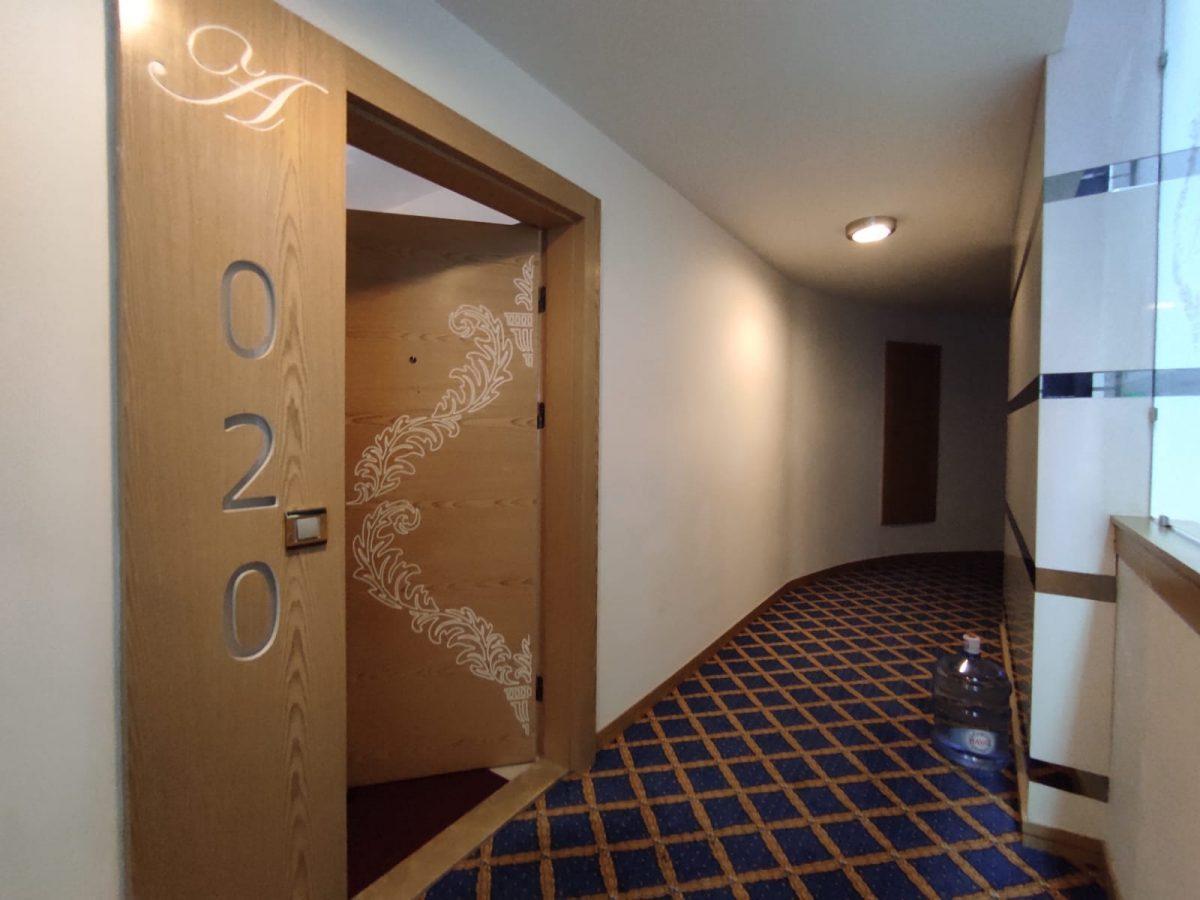 Квартира 2+1 с мебелью и техникой в комплексе с отельной концепцией в Махмутларе - Фото 27