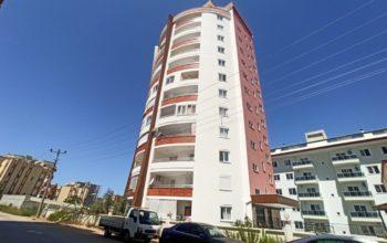 Просторная трехкомнатная квартира в Махмутларе