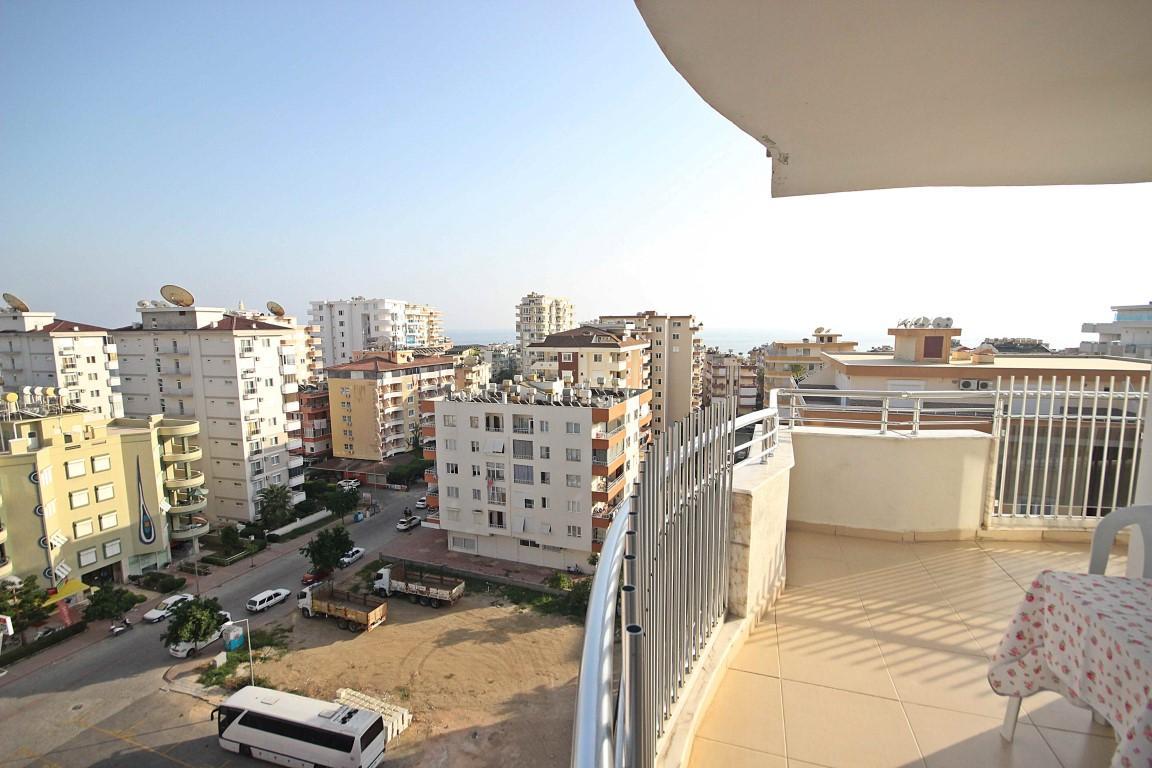 Просторная квартира с отдельной кухней в центре Алании - Фото 27