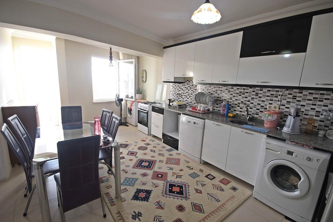 Просторная квартира с отдельной кухней в центре Алании - Фото 9