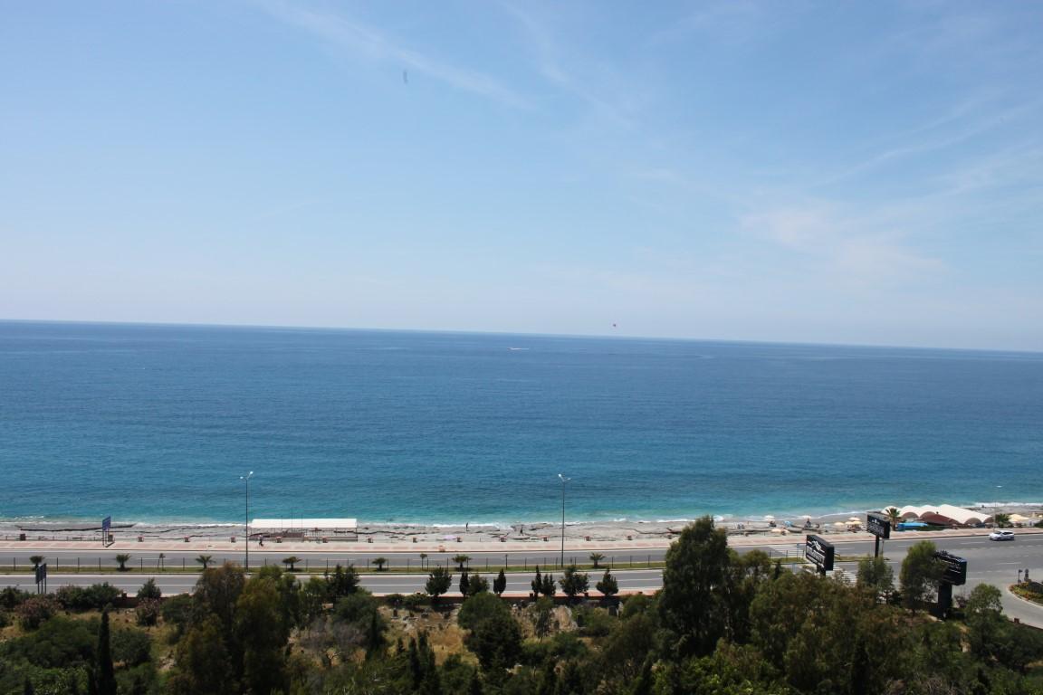 Трехкомнатная квартира с прямым видом на море в Махмутларе - Фото 25