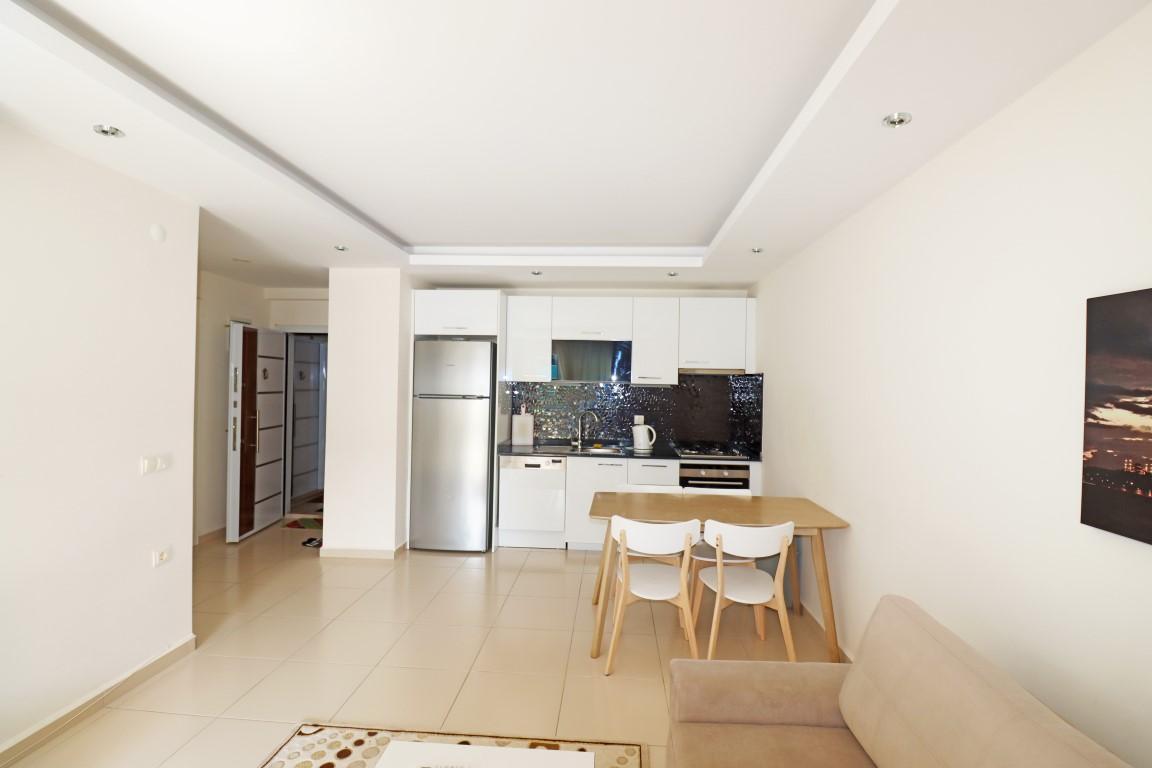 Меблированная квартир 1+1 в комплексе с хорошей инфраструктурой в Кестеле - Фото 9