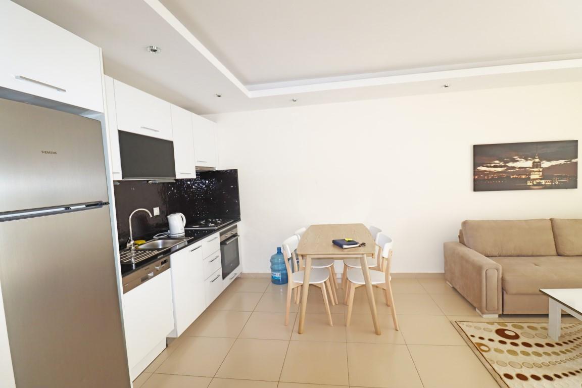 Меблированная квартир 1+1 в комплексе с хорошей инфраструктурой в Кестеле - Фото 10