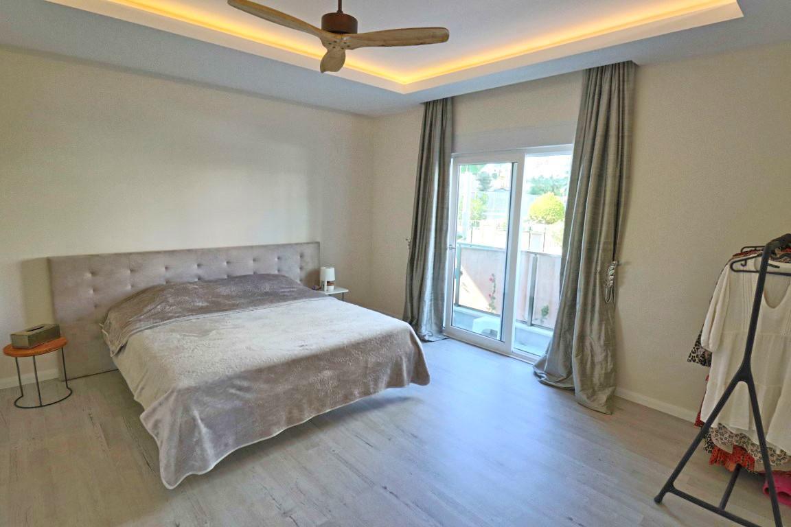 Просторная квартира с четырьмя спальнями в европейском районе Оба - Фото 41
