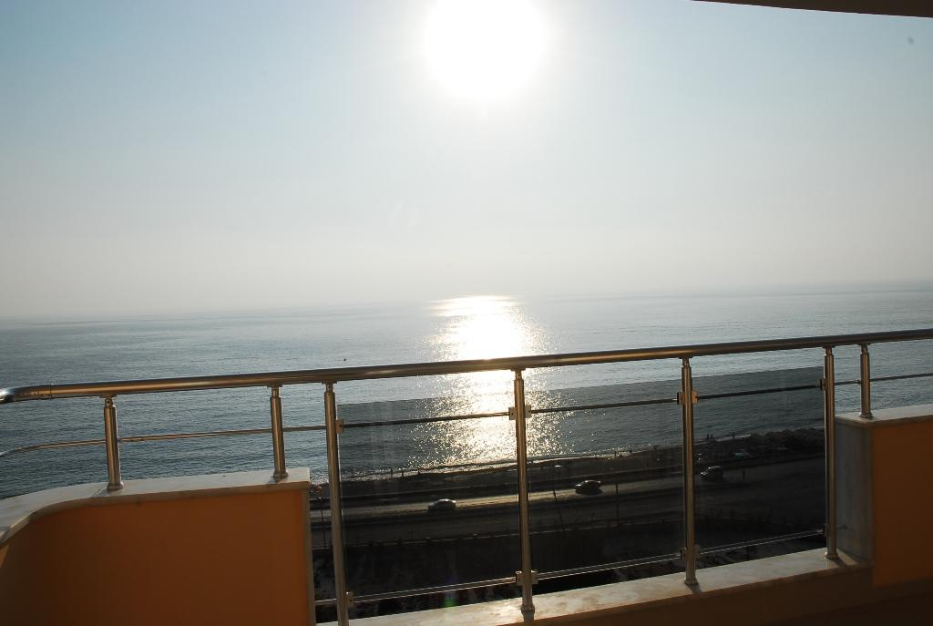 Двухуровневая квартира с тремя спальнями с панорамным видом на море в Махмутларе - Фото 23