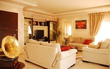 Двухуровневая квартира с тремя спальнями с панорамным видом на море в Махмутларе