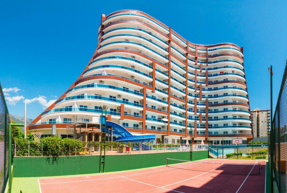Меблированная квартира в комплексе с отельной инфраструктурой в Махмутлар - Фото 1