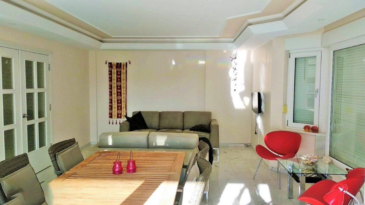 Меблированная квартира 2+1 в комплексе на первой береговой линии в Тосмуре - Фото 14