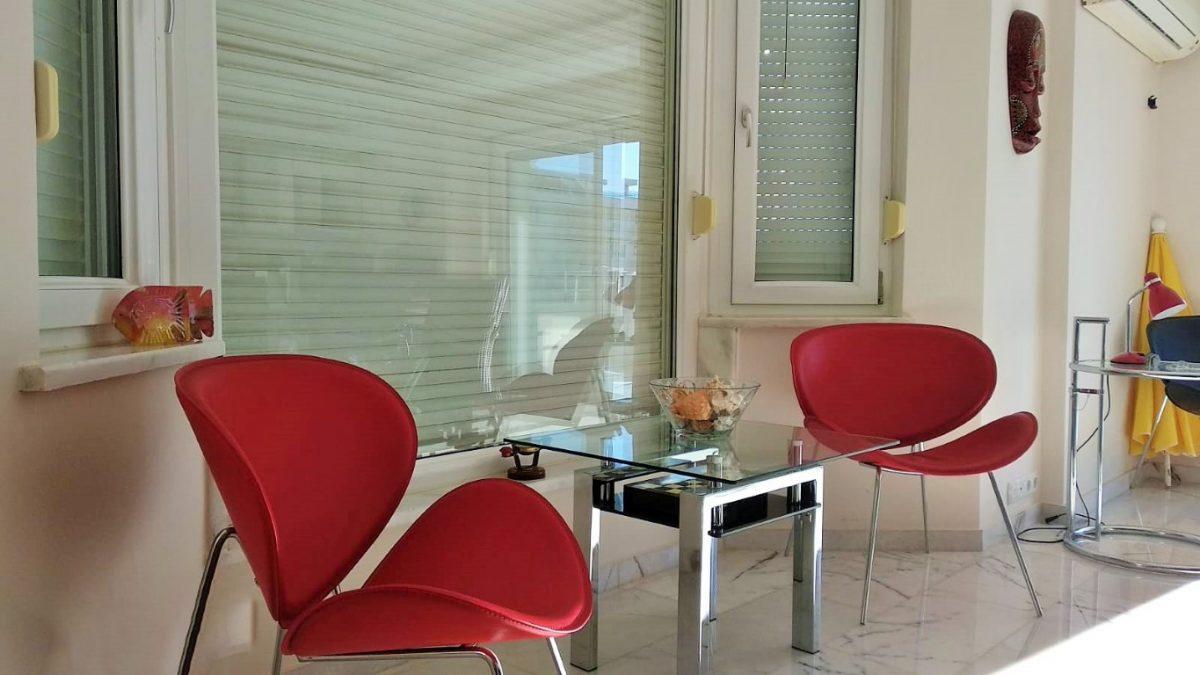 Меблированная квартира 2+1 в комплексе на первой береговой линии в Тосмуре - Фото 25