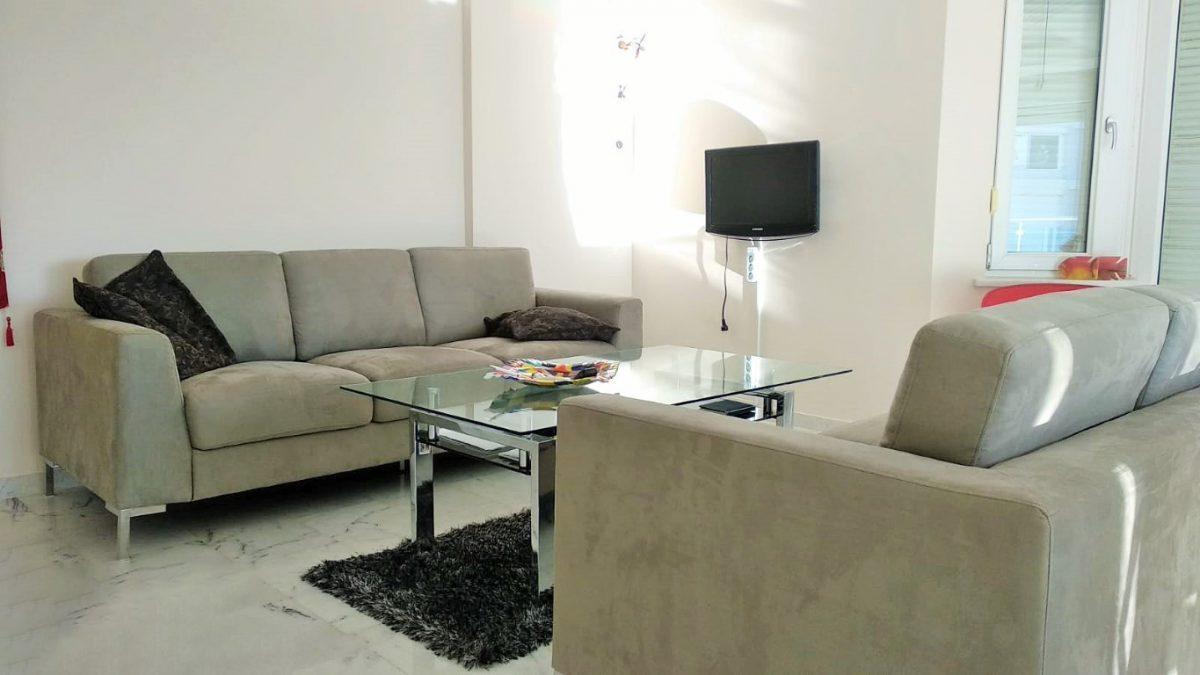 Меблированная квартира 2+1 в комплексе на первой береговой линии в Тосмуре - Фото 20