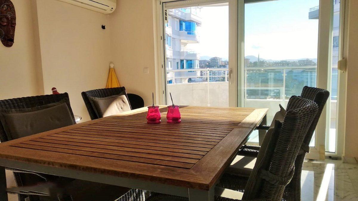 Меблированная квартира 2+1 в комплексе на первой береговой линии в Тосмуре - Фото 16