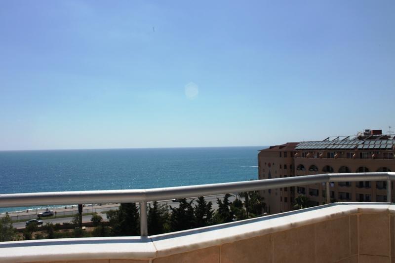 Пентхаус с видом на море рядом с пляжем в Махмутларе - Фото 30