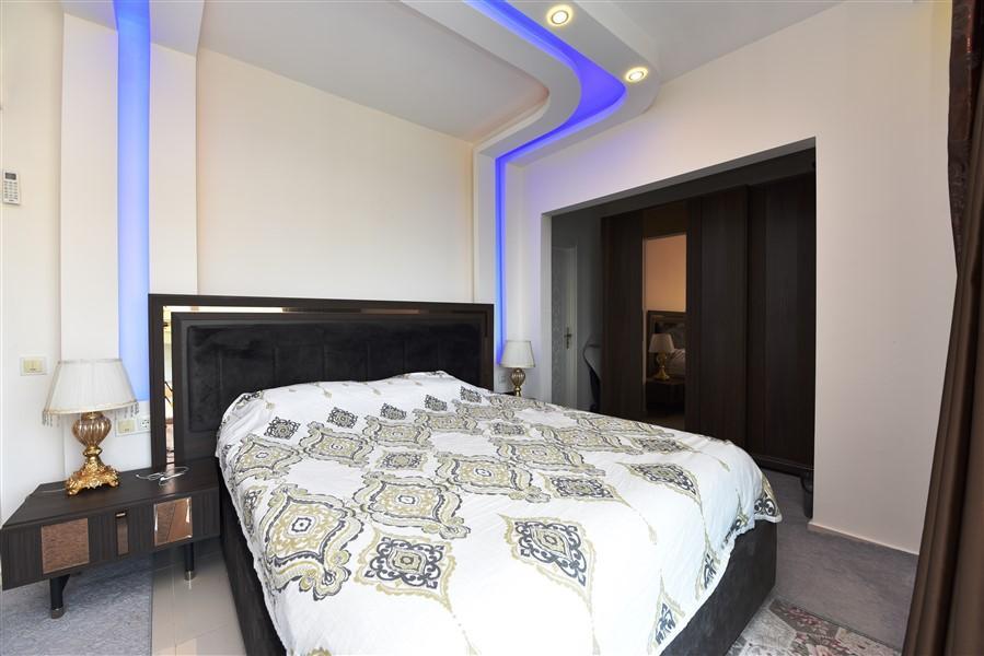 Стильные апартаменты 2+1 с панорамным видом  Махмутлар - Фото 15