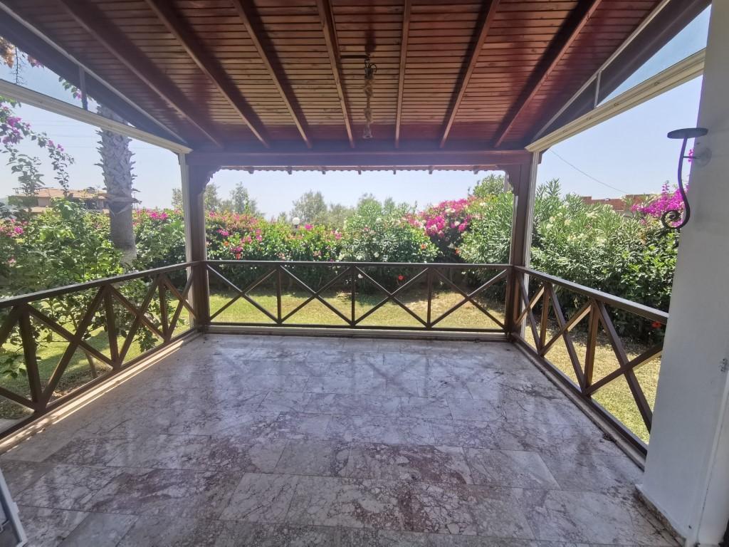 Красивая вилла с террасой в Демирташ - Фото 3