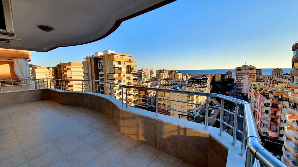 Просторная меблированная квартира в Махмутларе с видом на море и горы - Фото 19