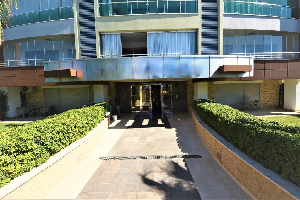 Меблированная квартира 1+1 в комплексе на первой береговой линии в Кестеле - Фото 6