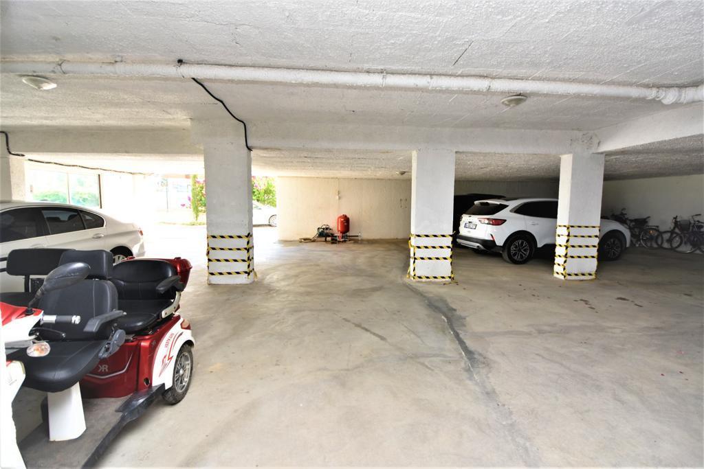 Меблированная квартира 1+1 в комплексе на первой береговой линии в Кестеле - Фото 13