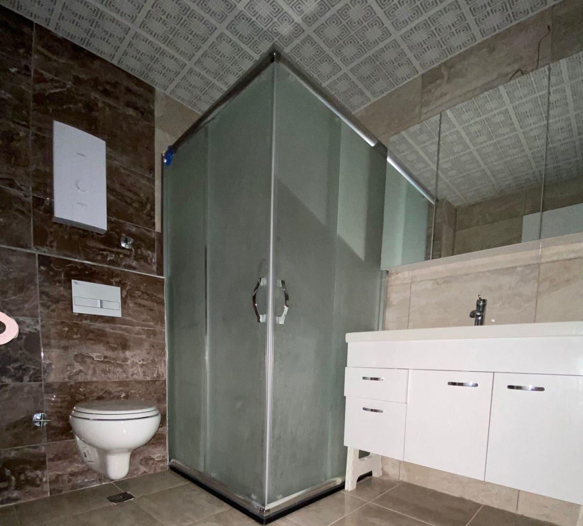 Просторная квартира 1+1 в хорошем комплексе в Махмутларе - Фото 30