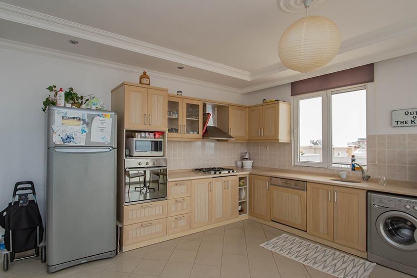 Просторная квартира 2+1 с видом на море в Тосмуре - Фото 10