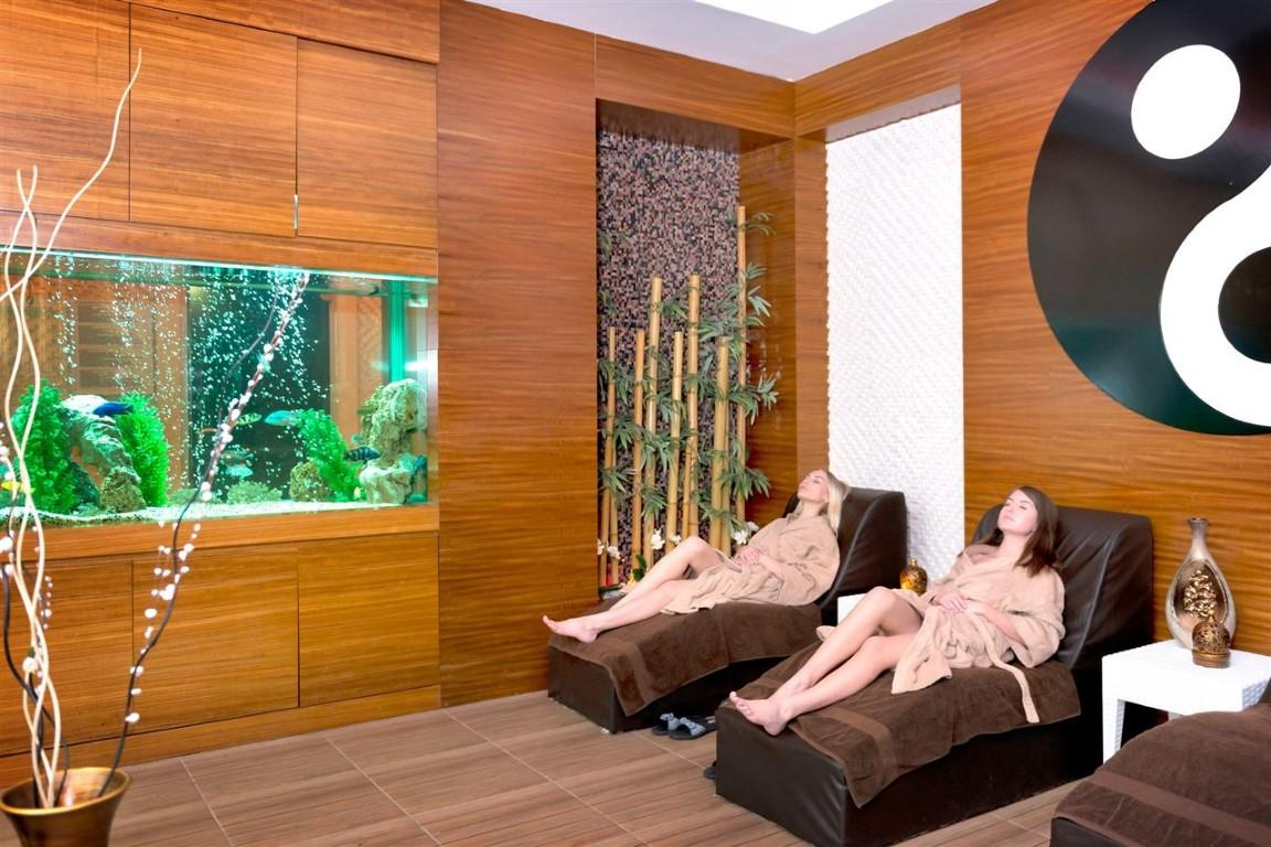 Квартира 2+1 с мебелью и техникой в комплексе с отельной концепцией в Махмутларе - Фото 25