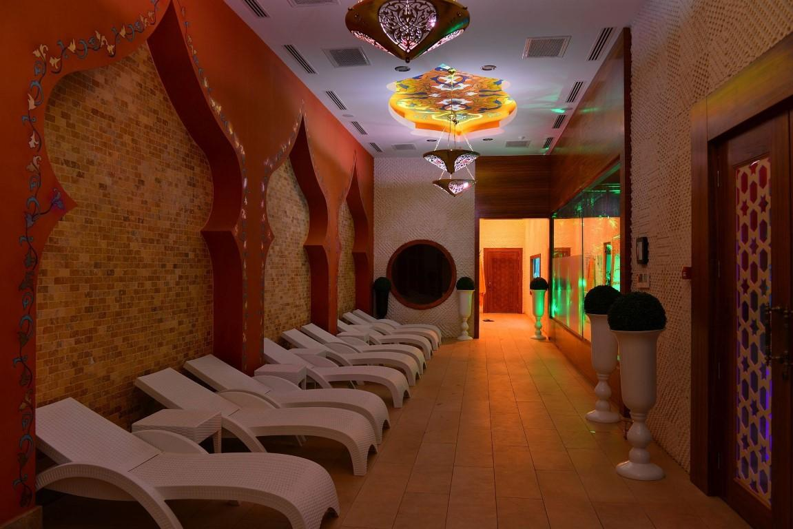 Квартира 2+1 с мебелью и техникой в комплексе с отельной концепцией в Махмутларе - Фото 8