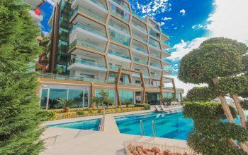 Видовые апартаменты 2+1 в элитном комплексе на первой береговой линии