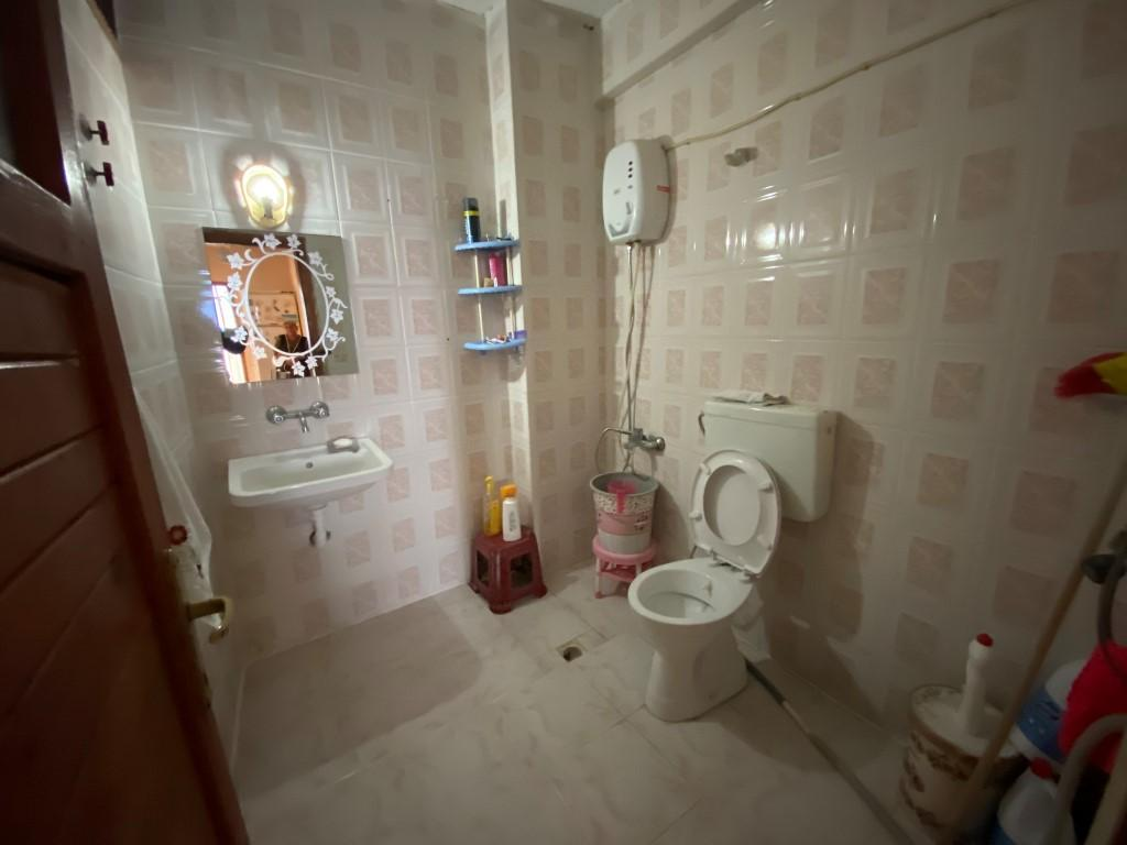 Трехкомнатная меблированная квартира с отдельной кухней - Фото 18