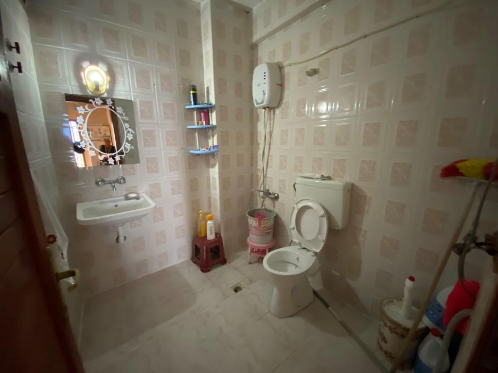 Трехкомнатная меблированная квартира с отдельной кухней - Фото 17