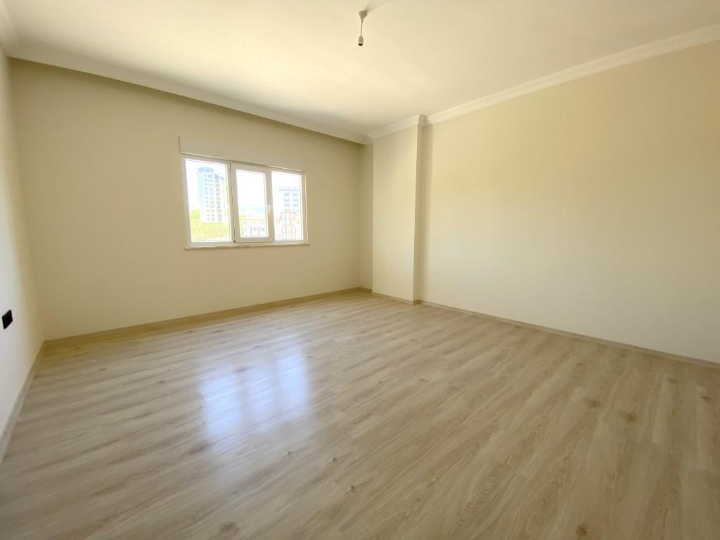 Новые просторные апартаменты 3+1 с панорамным видом в Махмутлар - Фото 20